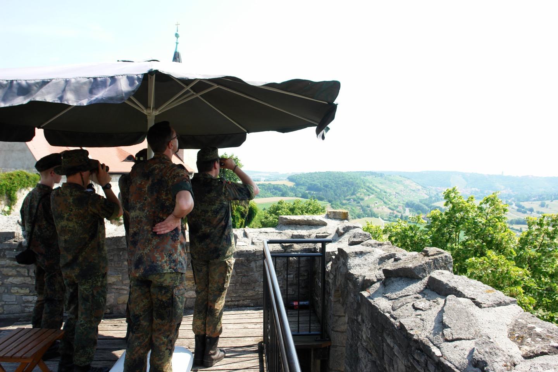 Kampfgeist – Schweiß und Kameradschaft: Blüchermarsch 2015 wird zurHitzeschlacht