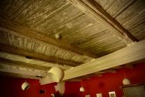 Wonderful beamed ceiling - early 15c.
